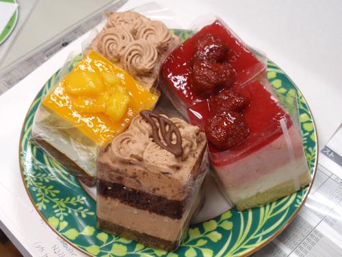 ケーキ3種.jpg