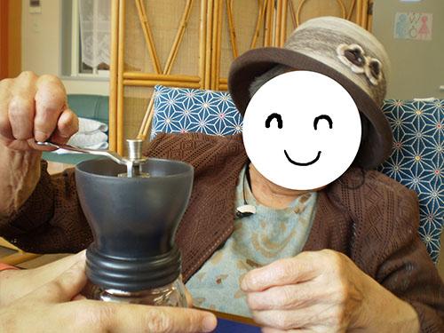 コーヒー豆挽き2jpg.jpg