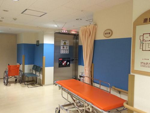 病院地下3.jpg